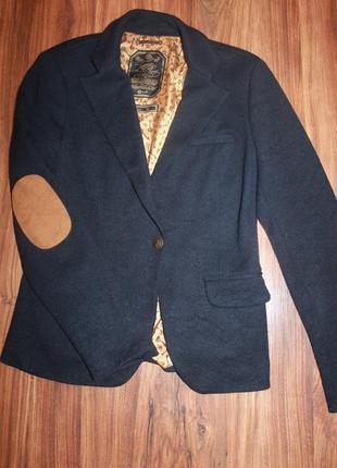 Пиджак синий со вставками на локтях, размер м