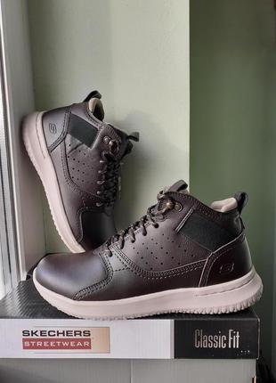 Р40-45. Skechers delson. Кожаные демисезонные ботинки из США.
