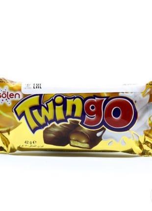 """Батончик """"Twingo Karamel"""" в молочном шоколаде с карамелью и пе..."""