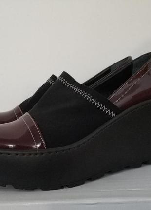 Туфли женские на платформе Guero,натуральный лак,кожа