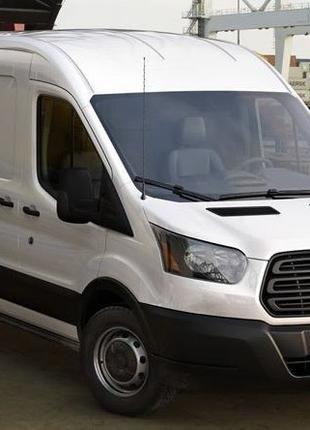 Водій на бус Ford Transit. Проживання на лівому березі