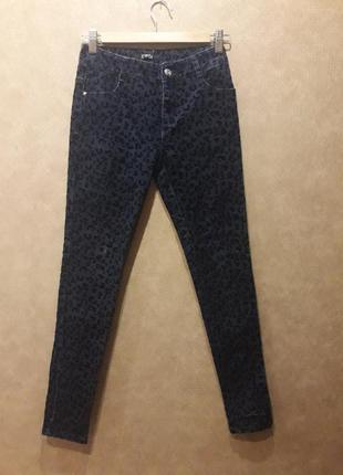 Узкие джинсы для девочки
