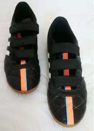 Футзалки Адидас, бутсы, футбольная обувь