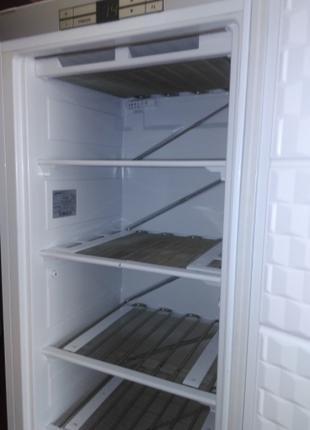 Ремонт холодильников правый и левый берег Киев