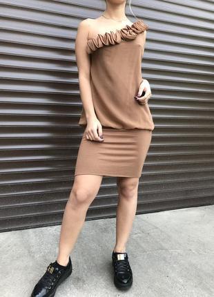 Платье-мини на одно плечо