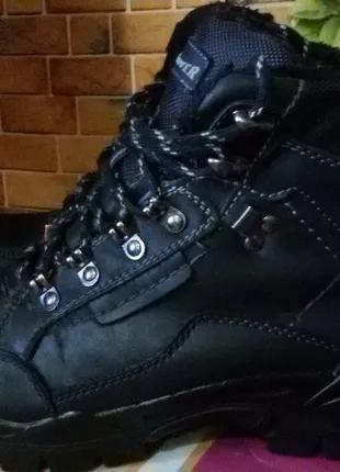 Треккинговые ботинки Landrover