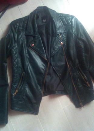 Демисезонная куртка женская косуха эко кожа