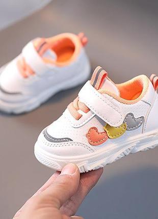 Стильные кросики для малышей