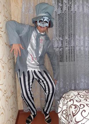 Карнавальный костюм на хэллоуин взрослый.