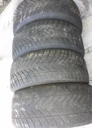 Шины Goodyear 255/55 r18 200 грн.