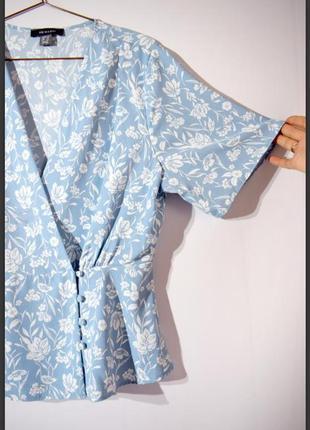 Нежная блузка блуза блузон на запах с пуговицами primark