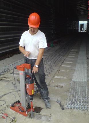 Анкерні роботи для встановлення обладнання, механізмів