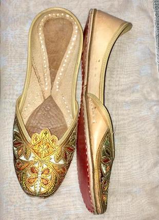 Обуви для отдыха в арабском стиле  ручной работы .натуральная ...