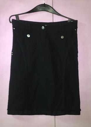 Чёрная юбка карандаш с высокой талией