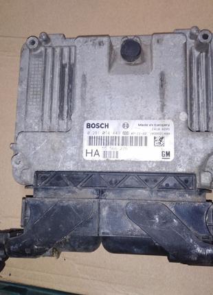 Блок управления Z19DTH Opel Vectra C 55566276 0281014449