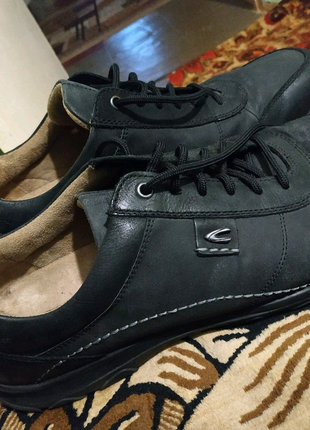 Мужские спортивные туфли(великаны)