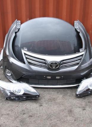 Б/у Фара левая, правая Toyota Avensis 2012-2014