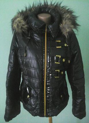 Новая. демисезонная курточка, р.М