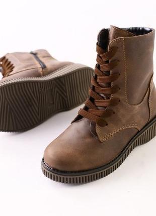 Качественные зимние кожаные высокие сапоги ботинки