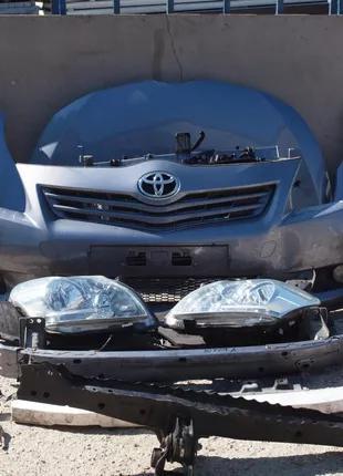Б/у Фара левая, правая Toyota Verso