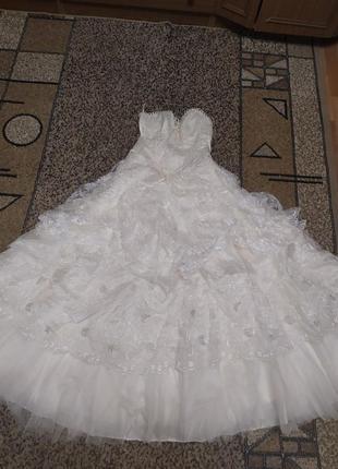 Красивое свадебное платье цвета шампань. платье принцессы!!