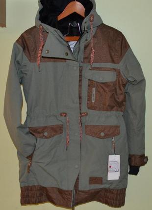 Пальто, длинная куртка термо c&a