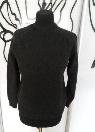 Натуральный невесомый свитерок от simon carter