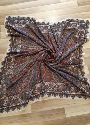 Платок из очень тонкой шерсти saldarini