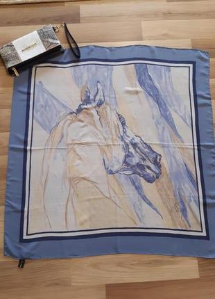 Оригинальный шелковый платок