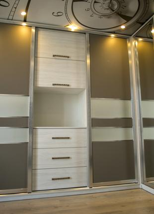 Кухни, шкафы-купе,корпусная мебель под заказ!