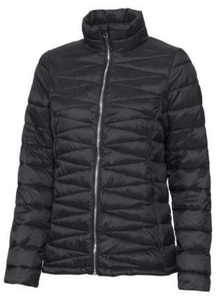Женская черная куртка германия