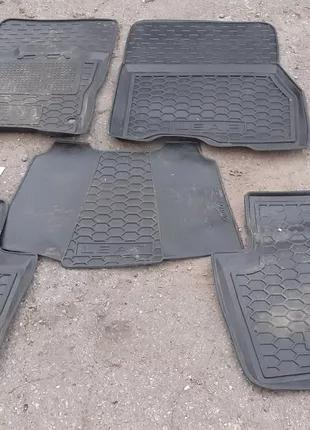 Б/у Комплект ковриков салона Nissan Leaf 11- 30