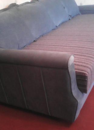 Перетяжка, реставрация мягкой мебели