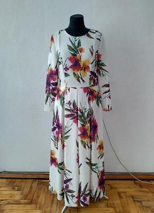 Стильное женственное платье в пол большого размера