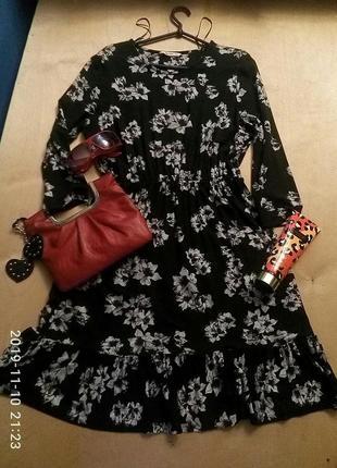 Черное трикотажное платье из вискозы