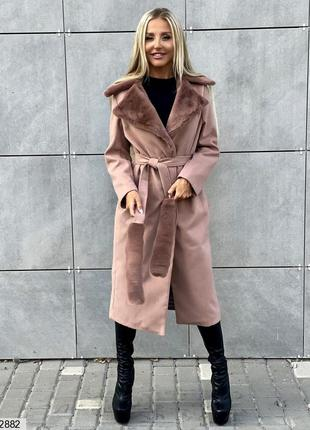 Тёплое кашемировое пальто с меховой отделкой, на подкладке с п...