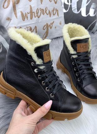 Натуральная кожа. трендовые зимние ботинки на шнурках в спорти...