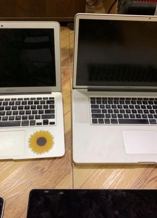 Macbook Air/Pro iPod LOT