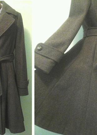 Шерстяное пальто Via, p.S-M, силуэт платья