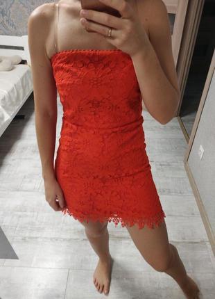 Красивое вечернее кружевное платье мини