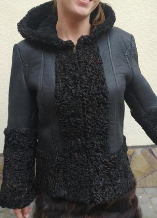 Дублёнка из натуральной кожи с мехом каракуль