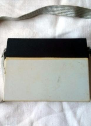 Автономный блок питания (батарейный блок питания) для фотовспышки
