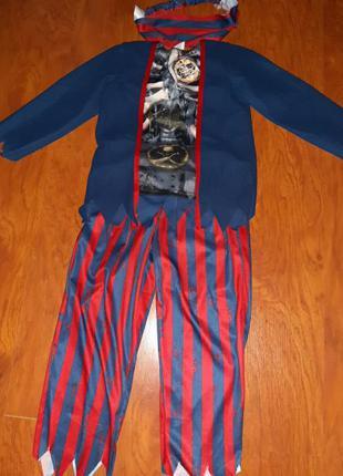 Карнавальный костюм пирата корсара