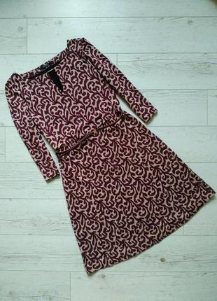 Красивое теплое платье с поясом р. 10-12
