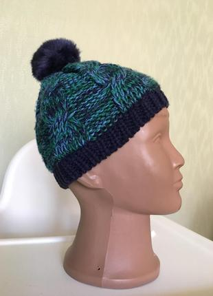 Теплая шапочка на флисе  для модника на 3-6 месяца