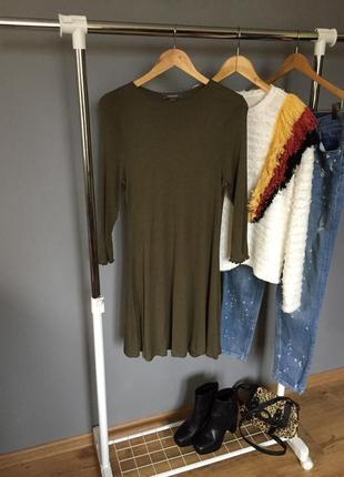 Базовое платье трапеция темно зеленого цвета в рубчик primark
