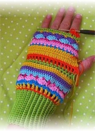 Ручное вязание крючком или спицами: шапочки, пинетки, миттенки...