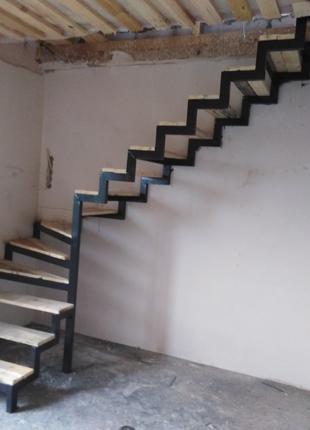 Лестницы метало каркас