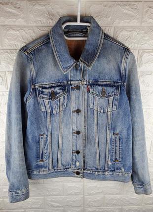 Джинсовая куртка levis trucker jacket (s)