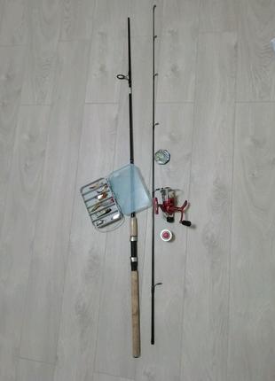 Безынерционная катушка Salmo + удилища 3м + набор снастей